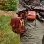 bolsa cuero bushcraft marrón detalle