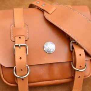 bolso mensajero cuero hecho a mano