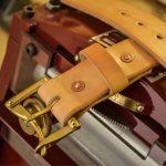 cinturón cuero hecho a mano beige