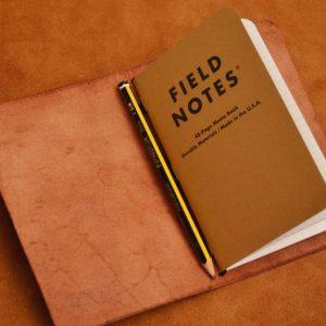 funda cuero pasaporte field notes marrón