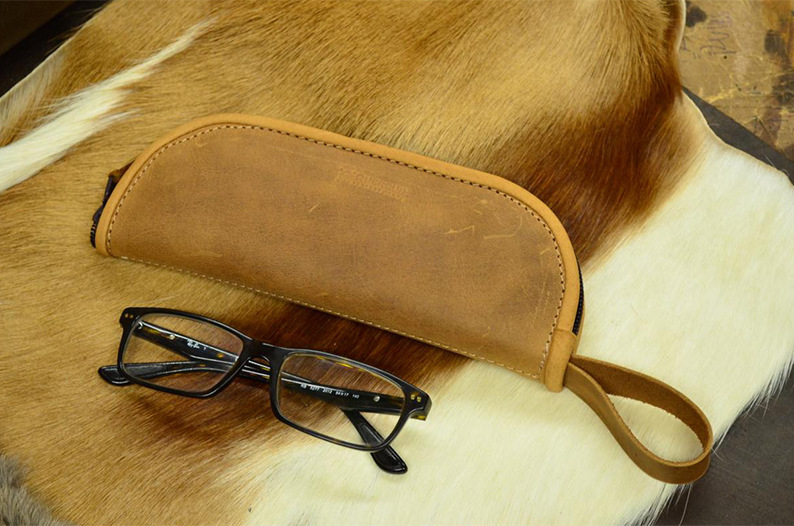 funda de piel gafas