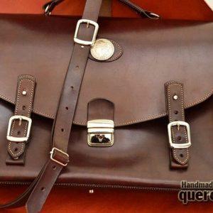 maletin de piel artesanal marrón