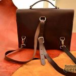 maletin de cuero hecho a mano marrón trasera