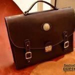 maletin de cuero hecho a mano marron