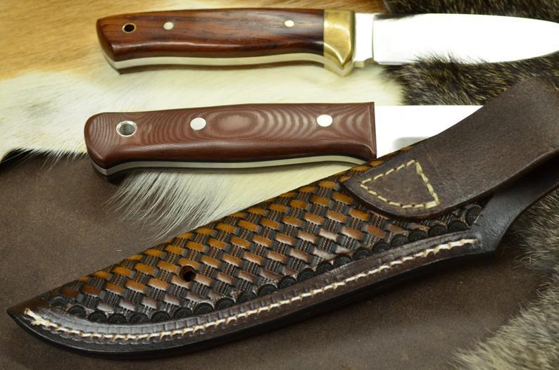 Funda de cuchillo cuero realizada a mano para Bushcraft