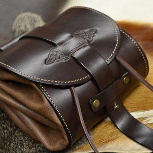 bolso de cadera cuero marrón