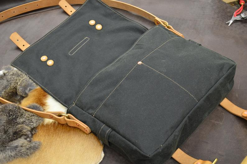 bolso de loneta encerada cuero abierto
