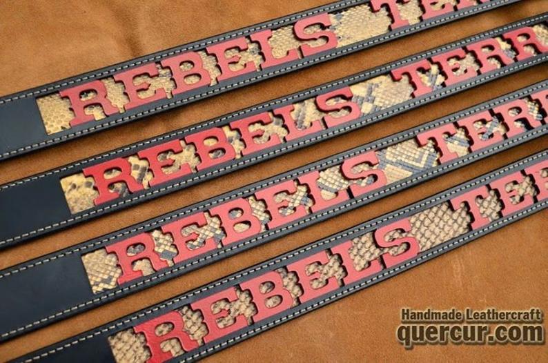 cinturón cuero piel de serpiente personalizado