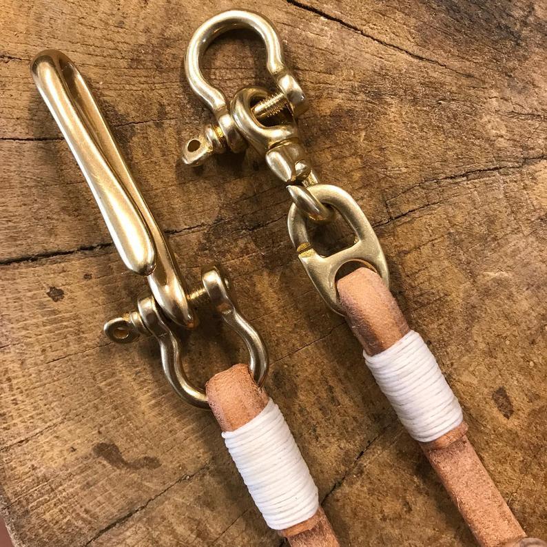 cordón de cuero cartera a mano