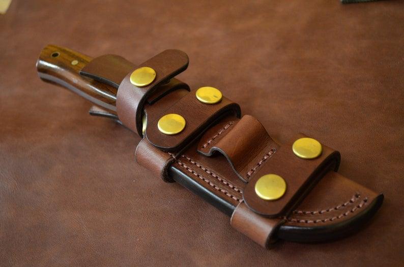Funda multiposición de cuero para cuchillos de bushcraft - Quercur  Leathercraft