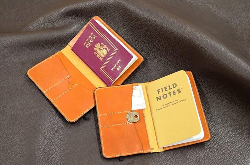 funda cuero para pasaporte fieldnotes