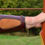 protector brazo tiro con arco detalle